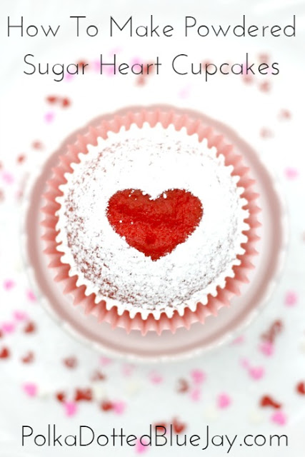 How to Make Powdered Sugar Heart Cupcakes