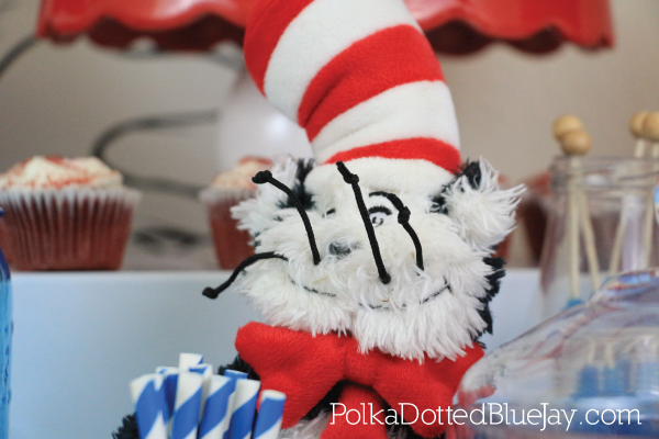 Celebrate Read Across America Day with this Dr. Seuss and the Cat in the Hat themed party. Click through to see all the details.