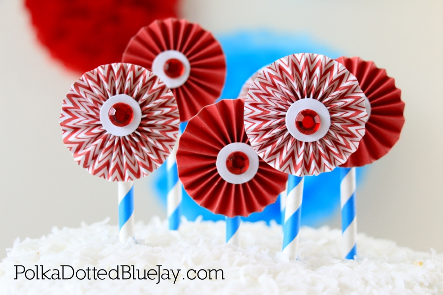 Get ready to celebrate with this DIY Dr. Seuss Cake Topper for a Cat in the Hat or Dr. Seuss themed party. Click through to see how to make one in less than 5 minutes for under 5 dollars.