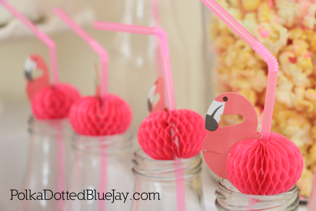 The perfect pink Flamingo Party for Valentine's Day