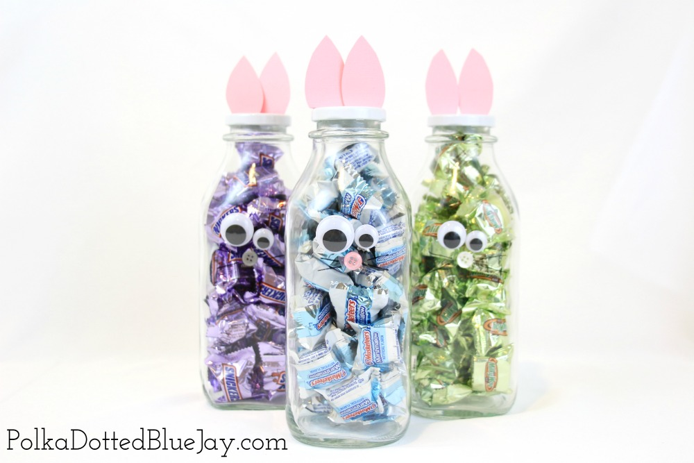 Need a quick and easy Easter craft or want to a creative way to display your Easter candy? Click here to see how to make DIY Bunny Bottles in less than 5 minutes! #ad #SpringMoments #CollectiveBias