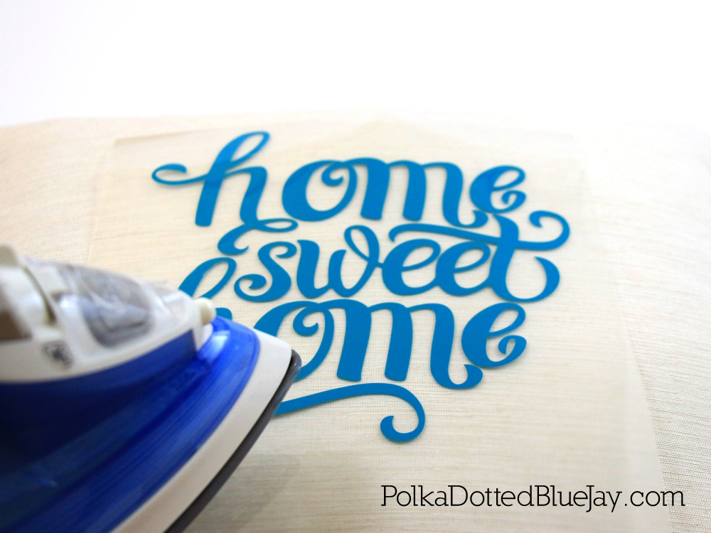 Create an easy iron-on vinyl project for your Home Sweet Home Pillow/ #WorryFreeMessFree #ad #CollectiveBIas