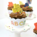 Click over to see how to make these Back to School ABC cupcake wrappers that double as a coloring activity for kids to work on while they enjoy their cupcake.